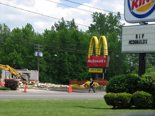 Burger King pays homage to McDonald's