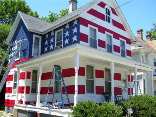 This guy was told by his Homeowners Association that he couldn't fly the American flag in his yard….