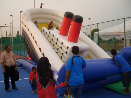 titanic slide