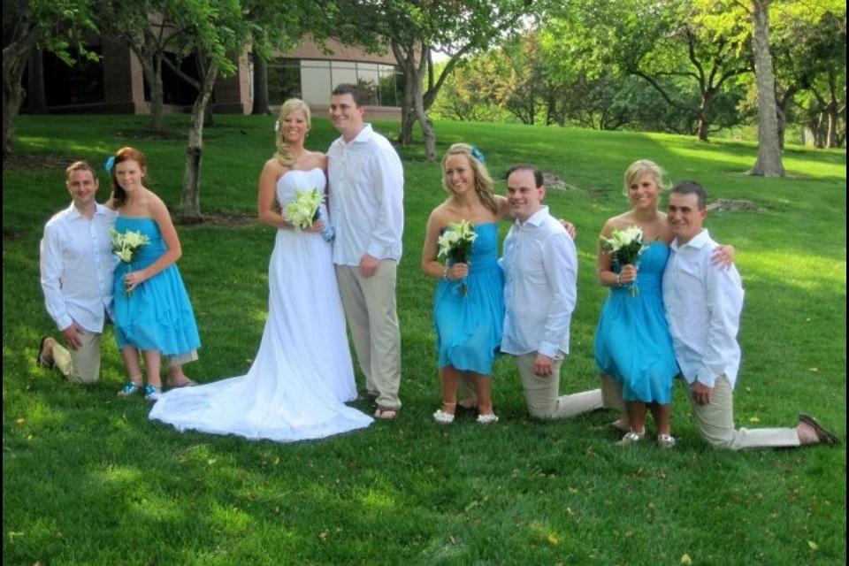 Midget wedding photo