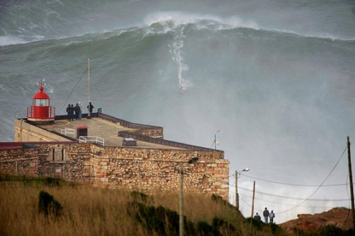 garrett mcnamara 100' wave