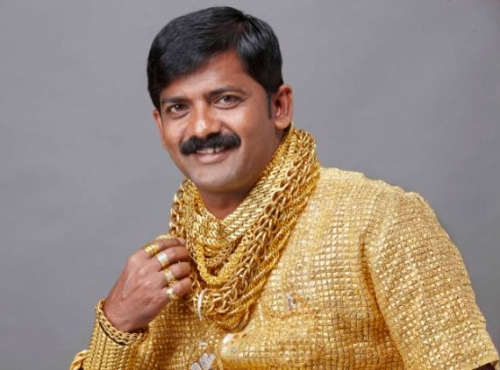 Datta Phuge had a team of goldsmiths make this shirt entirely out of gold.