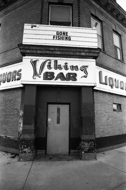 Viking Bar MPLS
