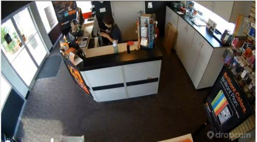 boost mobile robbery