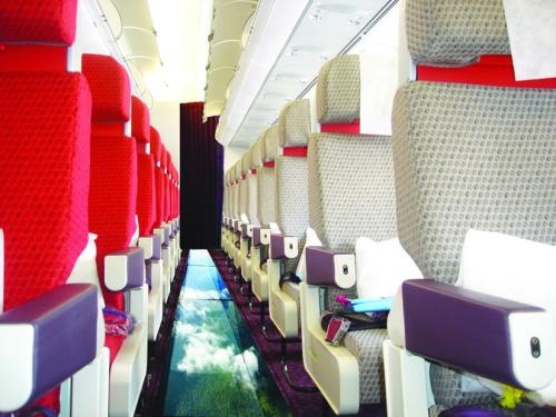 Virgin_Atlantic_Little_Red_Glass-bottom_plane_A320_cabin-17684