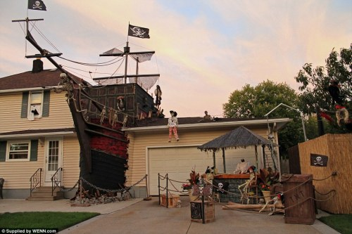 Ohio Halloween House Displays Full Size Pirate Ship Duck