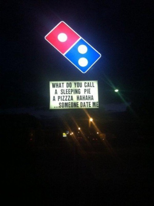 dominos sign