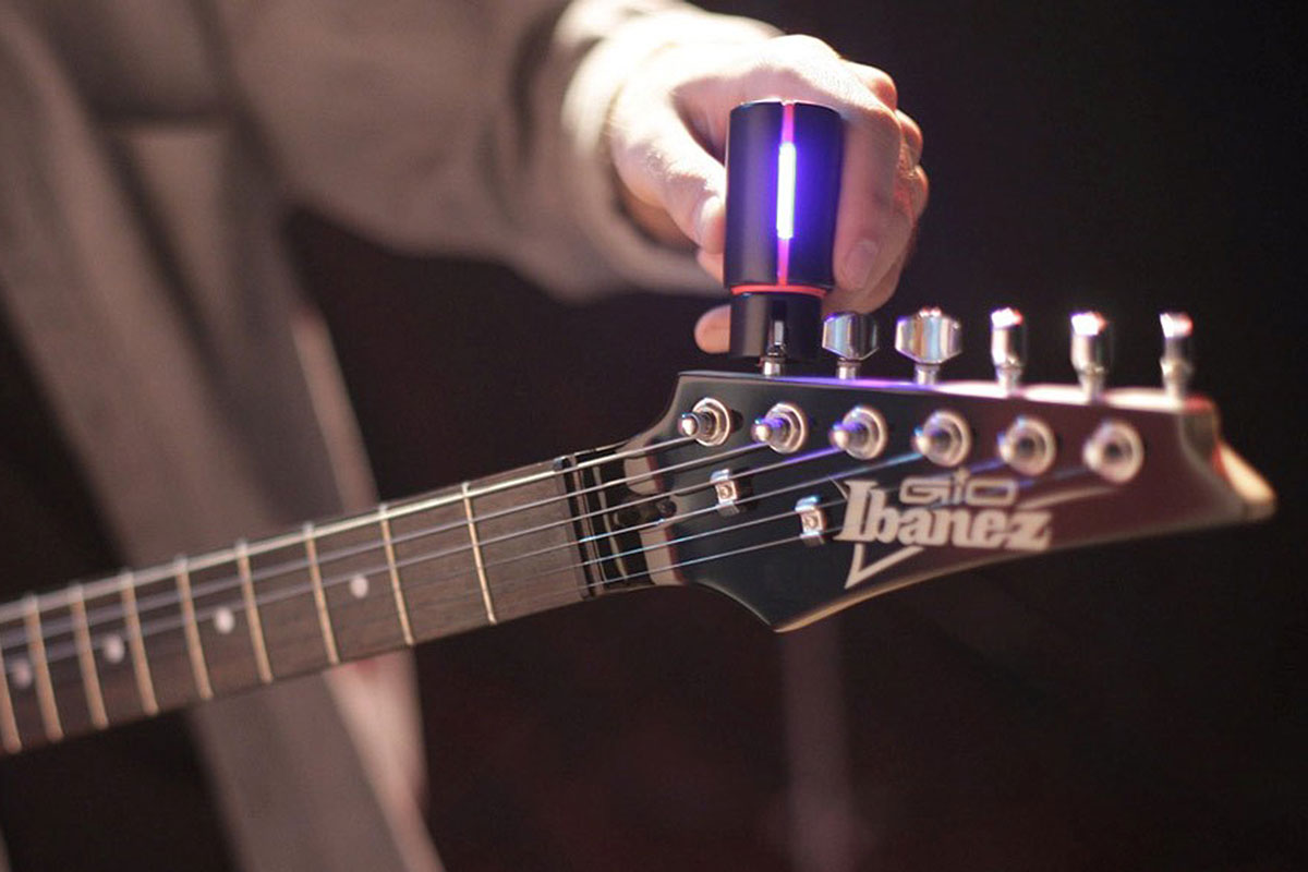 the automatic guitar tuner everyone is talking about