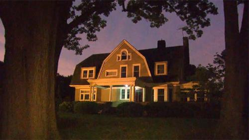 Terrifying letters forced a Westfield, New Jersey, family to flee their new home. CBS NEW YORK