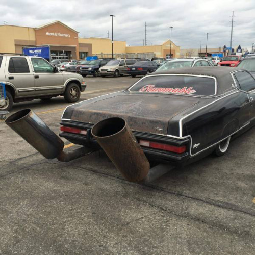 Now that is some loud exhaust...in a Walmart parking lot too.
